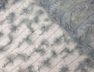 Кружевная ткань расшитая перышками Голубой