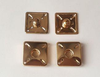 Кнопка пришивная квадратная 2х2см Золото